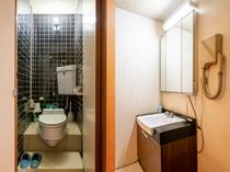 和室五人部屋 トイレ