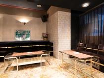 バー・喫煙室