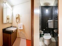 和室七人部屋 トイレ