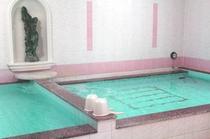 女性専用カプセルホテルに大浴場は意外と少ないんです♪サウナルームも大浴場に併設しております^^