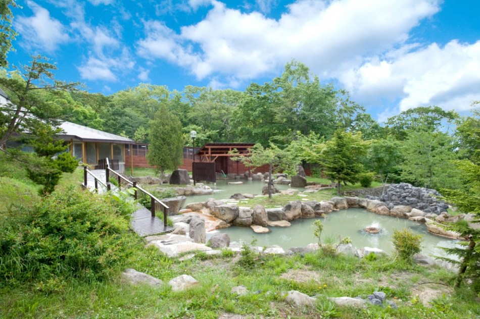 夏の混浴庭園露天風呂