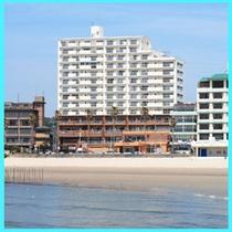 全室伊勢湾一望。きらめく海の眺め彡テラス付客室あり。*ホテルは1〜4階まで