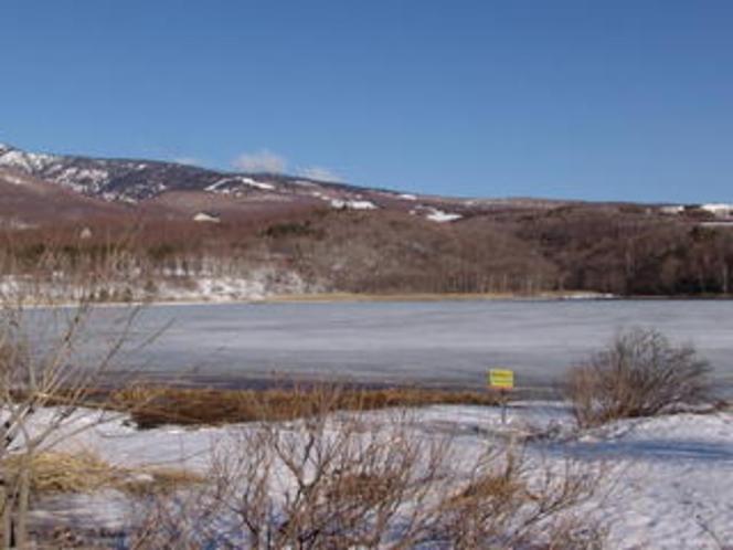 4月のバラギ湖