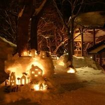 【小樽雪あかりの路】期間中幻想的な光でウィンケルビレッジは包まれます♪