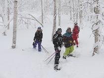 スキーシューツアー