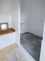 【プライベート屋外プール】専用シャワー付更衣室