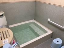 宿内・男性用浴室