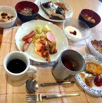 食事・朝食一例