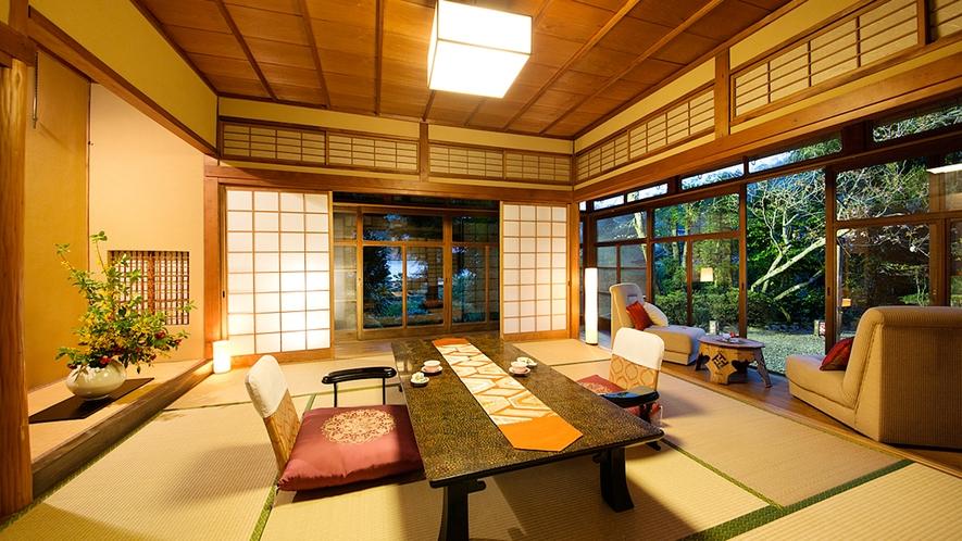 """【泉灘の間-IZUMINADA-】『たおやかな時』を刻む、一番人気の""""庭園側客室"""""""
