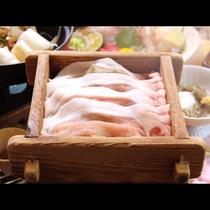 ■【夕食】八幡平ポークせいろ蒸し