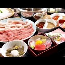 ■【夕食】贅沢味覚の牛しゃぶ&健康志向の豚しゃぶ