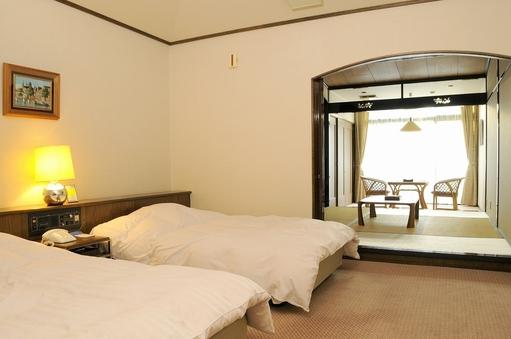 ホテル棟5名和洋室