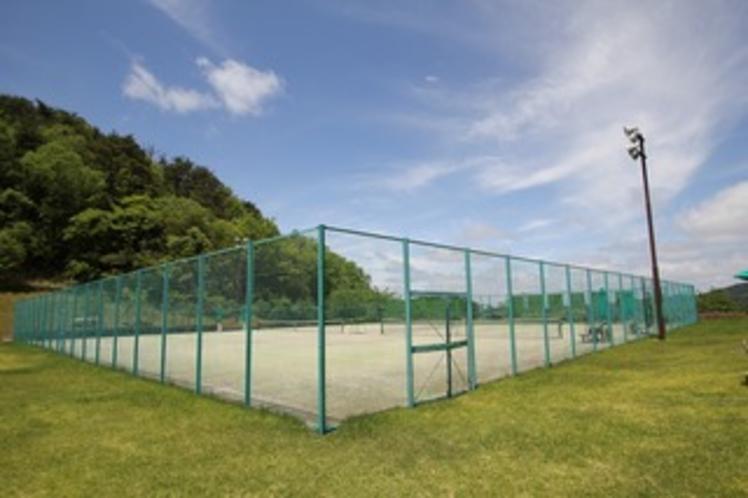 テニスコート(オムニ2面)