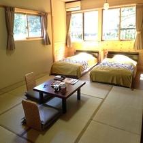 【新しく和ベッドルームができました】ゆったり広々和室14畳セミダブルベッド2台