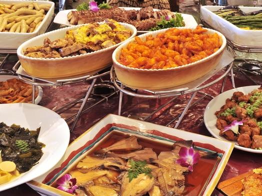 【夏限定企画★迷ったらこれ!】三河湾の幸と旬の食材をふんだんに使ったハーフバイキング♪ご家族大喜び!