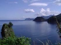 宿から海辺をお散歩♪こんな美しい景色を望める