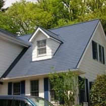 ◎青い三角屋根