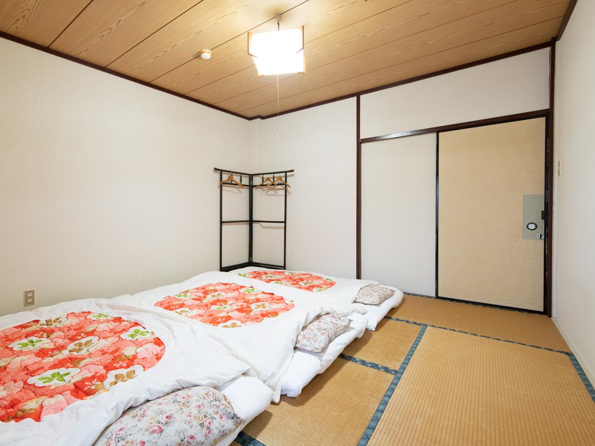 和室三人部屋(バス・トイレ無し)布団