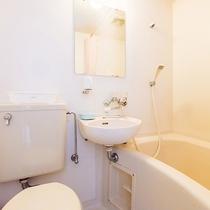 *【洋室/ツインルーム】「バス・トイレ」が備え付けられています。