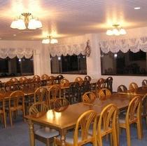 お食事は2Fレストランにご用意させていただきます。