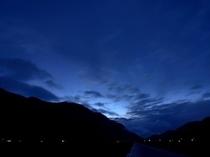 太陽が沈んだ頃に観られる風景♪