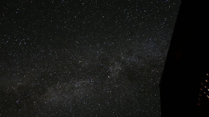 *[ホテルからの景色]周りには街灯がないので、夜には美しい星空が見られます☆