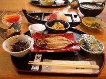 伊豆の和朝食