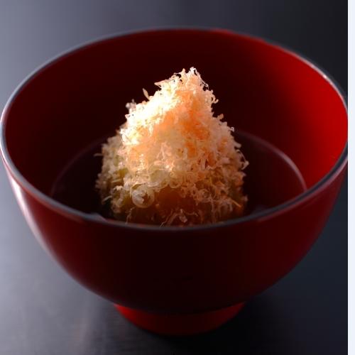 【信州ふ−ど】しっかりと身の詰まった信州産丸茄子を煎り出しにしたものは食通をもうならせます。