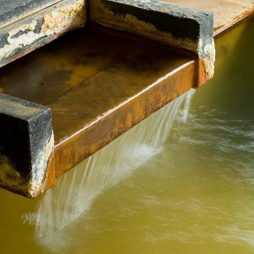 2つの温泉をブレンドすることで、肌に優しい温泉が生まれます。