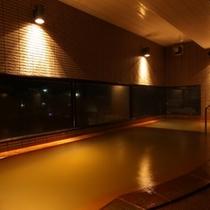 照明にもこだわった大浴場は長旅の疲れが癒されます!