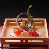 懐石料理『浪漫(ROMAN) 』は当館の料理長が最も力を入れる当館で最上級のお料理です!
