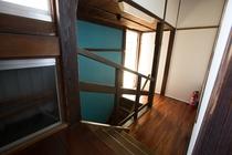 本館明治の階段