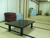 大広間(女性用)