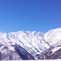岩岳スノーフィールドよりながめる白馬連山のパノラマ