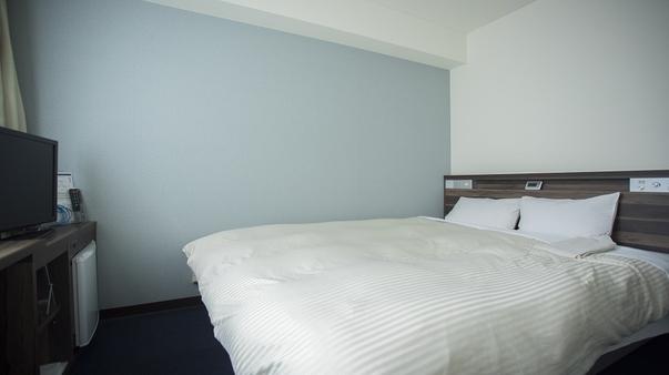 【禁煙】ダブルルーム1人用◎ベッド幅160cmクイーンサイズ
