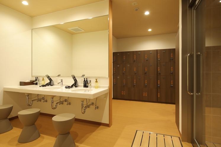 男性専用大浴場「サウナ亀の家」 洗面所