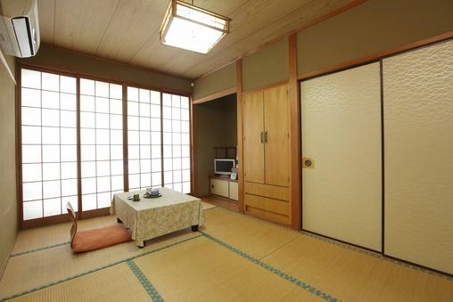 【和室7.5〜10畳】風呂・トイレ付