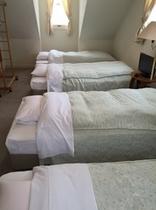 4bet room