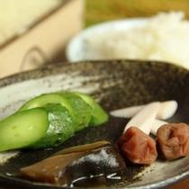 料理-朝食_おしんこ