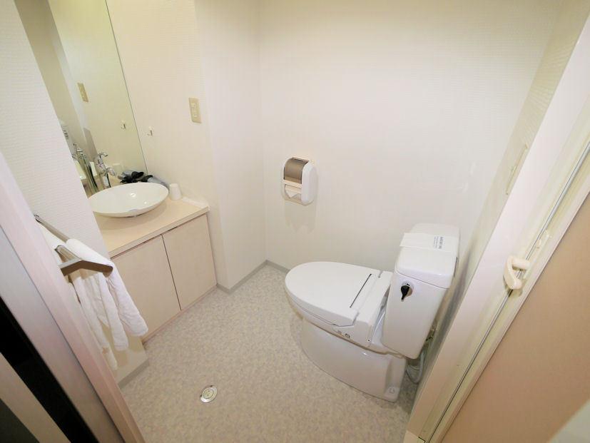 洗面&トイレ(本館) シングルルームBタイプ・スタジオツイン