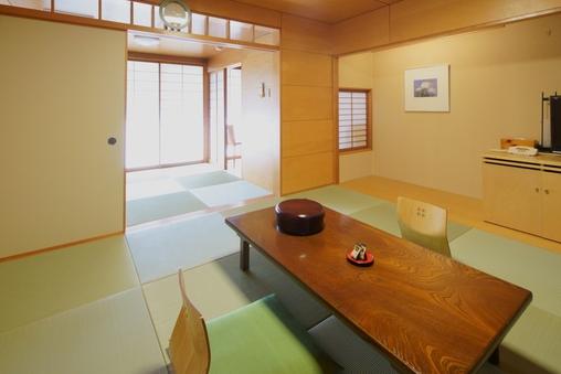新館和室8畳+4.5畳(又は3畳)バス・トイレ付