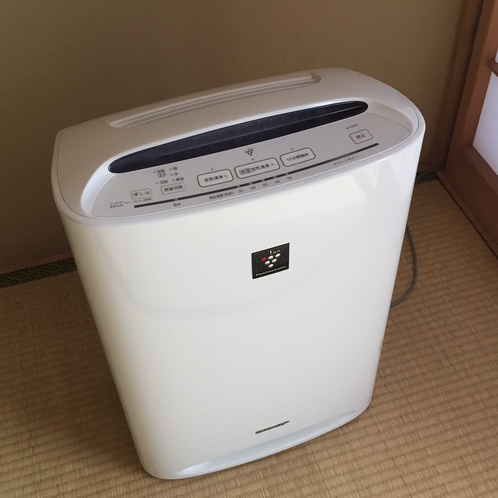 【空気清浄器】*各部屋に設置しております