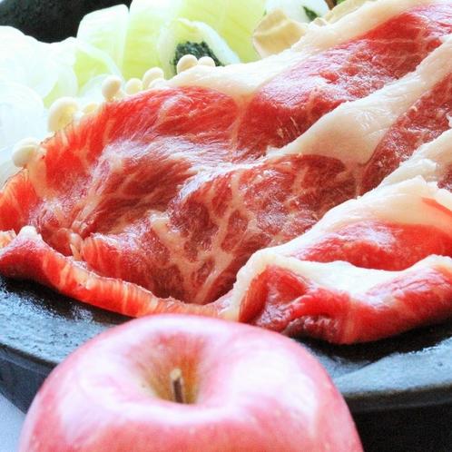 リンゴすき焼き