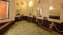 *【風呂】男性風呂は広々ご利用いただけますので、温泉ではありませんが一日の疲れを癒してください。