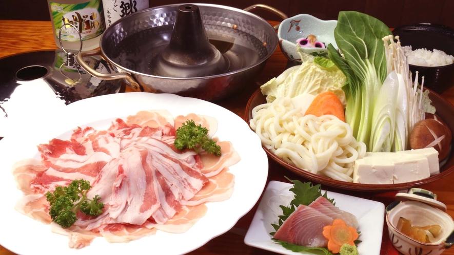 <夕食一例>鹿児島産黒豚しゃぶしゃぶコースをお楽しみください