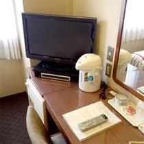 テレビは地デジBS26型液晶テレビです。