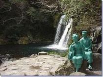 当館より徒歩10分程!1番人気の初景滝です♪