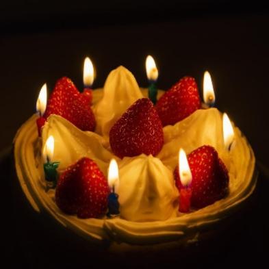 【記念日プラン】大切なその日を素敵な思い出に〜 プレミアムプランにケーキ・特典をプラス