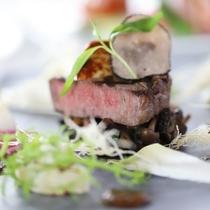 グレードアップ フレンチ紫陽花ディナー 肉料理一例