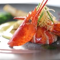 グレードアップ フレンチ桜ディナー 魚料理一例(オマール海老)